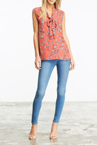 Cupcakes & Cashmere Jared Floral Blouse