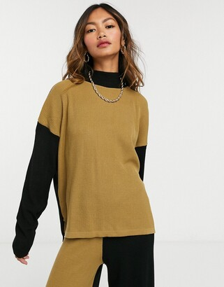 UNIQUE21 colour block high neck in black & Camel