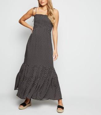 New Look Geometric Shirred Tiered Maxi Dress
