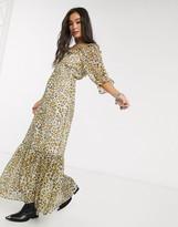 Asos Design DESIGN scoop neck maxi dress with pep hem in leopard print