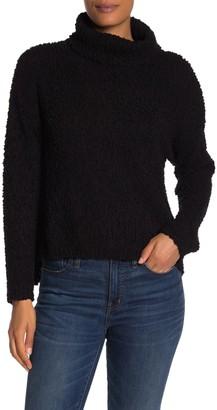 Bobeau Popcorn Knit Turtleneck Sweater