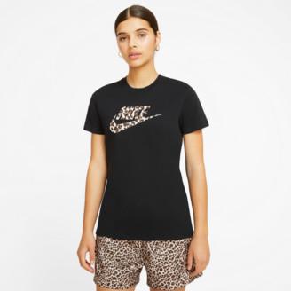 Nike Women's Sportswear Leopard Futura T-Shirt