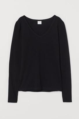 H&M V-neck Top - Black