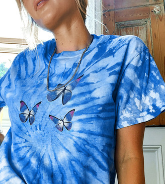 Daisy Street oversized t-shirt in tie dye with dream butterflies print