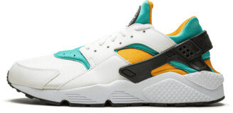Nike Huarache Shoes - Size 9