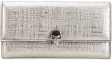 Alexander McQueen skull flap wallet - women - Calf Leather - One Size