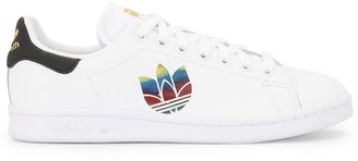 adidas Stan Smith trefoil logo sneakers