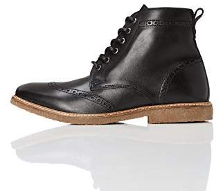 find. Men's Boots in Brogue Design with Crepe Sole