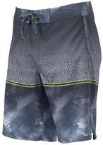 Ocean Current Men's Kendrick Ombre Board Shorts
