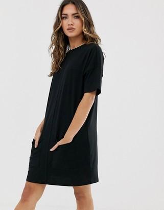 Asos Design DESIGN cotton double pocket t-shirt dress-Black