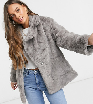 New Look Petite faux fur jacket in grey