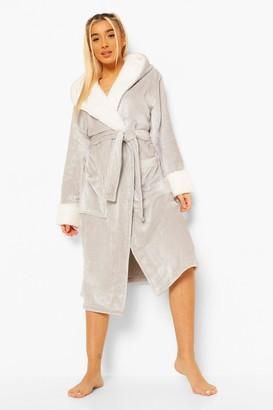 boohoo Cosy Contrast Fleece Dressing Gown