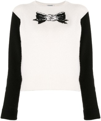 Chanel Pre Owned 1995 Intarsia-Bow Cashmere Jumper