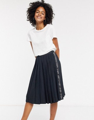 Fred Perry pleated skirt with taping in black