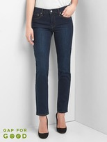 Gap Washwell mid rise real straight jeans