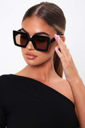 I SAW IT FIRST Black Oversized Cat Eye Sunglasses