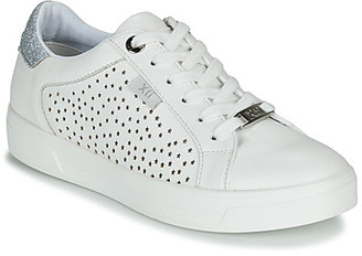 Xti CAYDEN women's Shoes (Trainers) in White