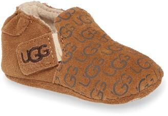 UGG Roos Crib Shoe