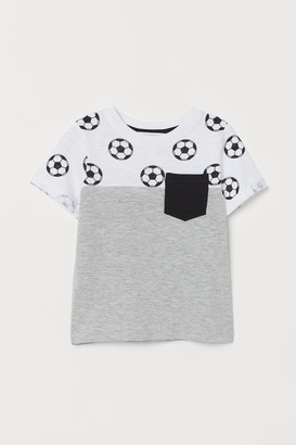 H&M T-shirt with print motif
