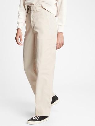 Gap High Rise Barrel Khaki Pants