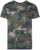 Les (Art)ists Kanye camouflage T-shirt