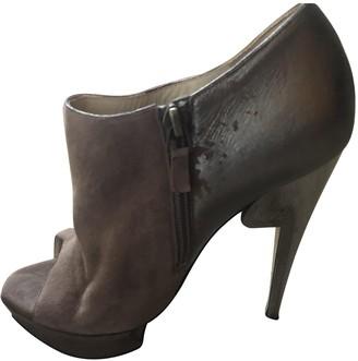Nicholas Kirkwood Beige Suede Ankle boots