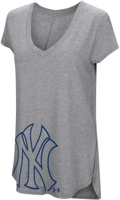 Under Armour Women's New York Yankees Pride Hem Graphic Tee