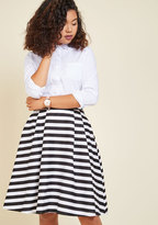 ModCloth Dusk and Stunner Midi Skirt in Black in S