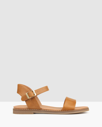 betts Atlas Footbed Sandals