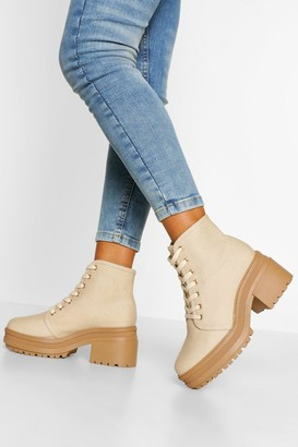 boohoo Wide Fit Chunky Lace Up Block Heel Hiker Boot