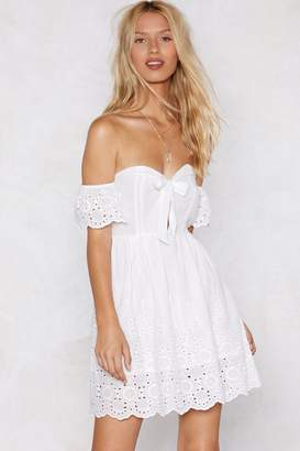 Nasty Gal Womens Let's Run Off-the-Shoulder Broderie Dress - white - S/M