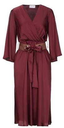 Hope Knee-length dress