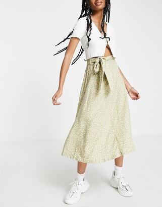 Monki Sissel tie midi skirt in green floral