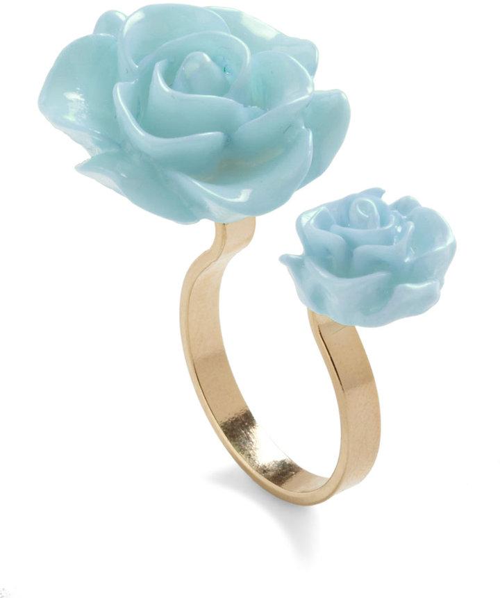 Retro Rosie Ring in Light Blue