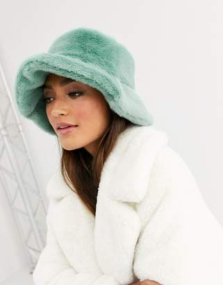 Asos Design DESIGN faux fur bucket hat-Green