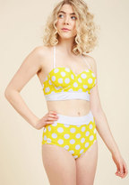 High Dive by ModCloth Sunlight Showcase Swimsuit Top in Dots in S