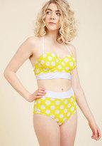 Sunlight Showcase Swimsuit Top in Dots in S