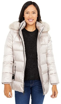 MICHAEL Michael Kors Zip Front Belted Puffer M425017BNM (Champagne) Women's Clothing