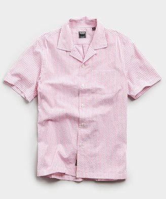 Todd Snyder Camp Collar Seersucker Stripe Short Sleeve Shirt in Pink