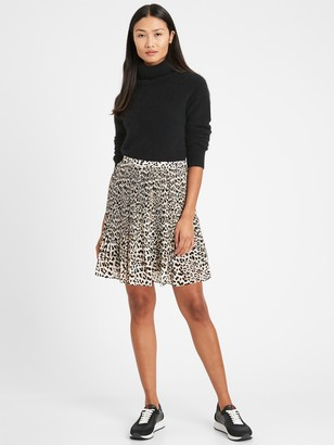 Banana Republic Petite Pleated Mini Skirt