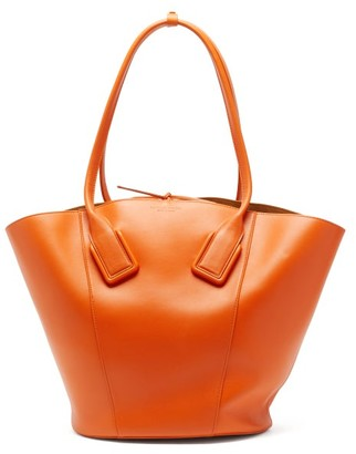 Bottega Veneta Basket Large Leather Tote Bag - Orange