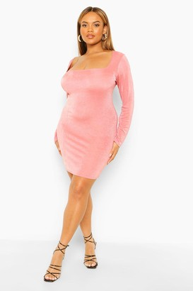 boohoo Plus Textured Slinky Square Neck Bodycon Dress