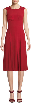 No.21 Pleated Sleeveless Midi Dress