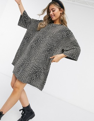 ASOS DESIGN oversized t-shirt dress in gray textured animal print