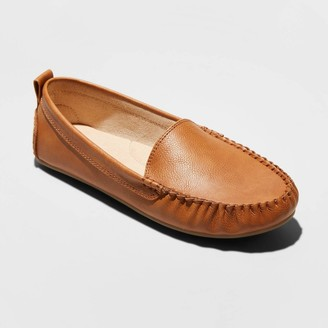 Universal Thread Women's Kirby Wide Width Faux Leather Moccasin Flat Loafers - Universal ThreadTM 5.5W