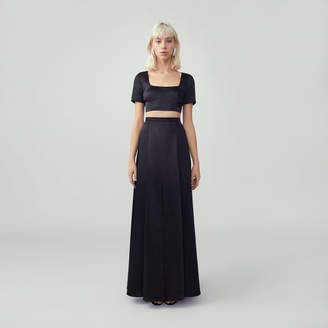 Fame & Partners Scoop Neck Gown Set