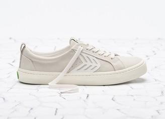 Cariuma CATIBA Low Off White Suede Ivory Logo Sneaker Men