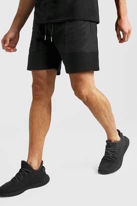 boohoo MAN Signature Mid Length Short With Nylon Pockets