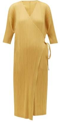 Pleats Please Issey Miyake V-neck Pleated Wrap Jacket - Womens - Yellow