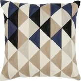 Linea Arlo triangle cushion